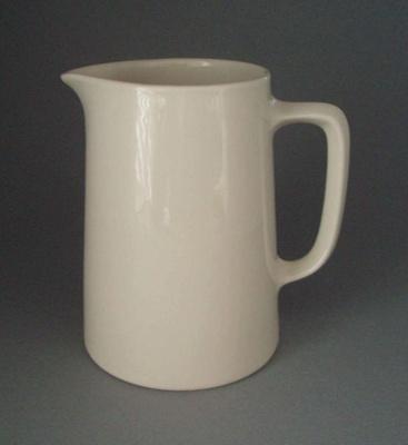 Jug; Crown Lynn Potteries Limited; 1945-1989; 2008.1.1009