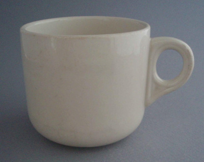 Cup; Crown Lynn Potteries Limited; 1980-1989; 2008.1.1510