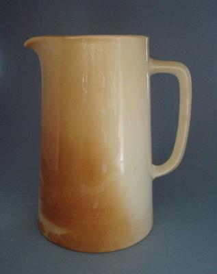 Jug; Crown Lynn Potteries Limited; 1955-1965; 2008.1.1013