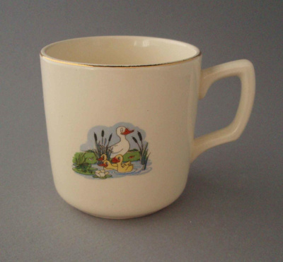 Child's cup - nursery theme; Crown Lynn Potteries Limited; 1948-1955; 2008.1.1301