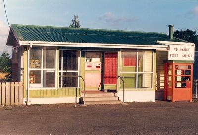 Te Horo Post Office; Alan Stead; 2009.043.25