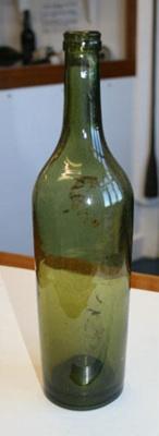 Bottle; SGHT.1995.5.206.1