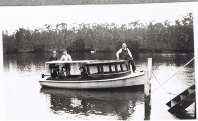 Photograph - Launch; 1939; 5617