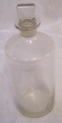 Bottle; QS2008.195