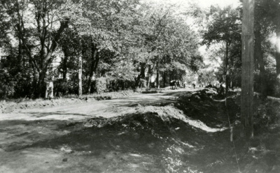 Photograph, St. Charles Road; 1924; M84.33.8