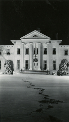 Photograph, Elmhurst Public Library in Wilder Mansion; January 1967; M2016.1.35