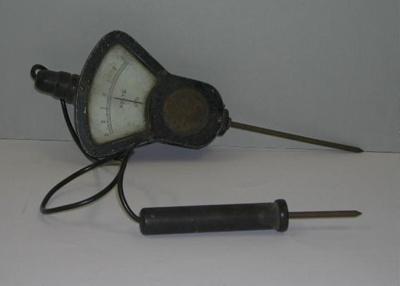 Voltmeter from an E Class Submarine; A_1983-002
