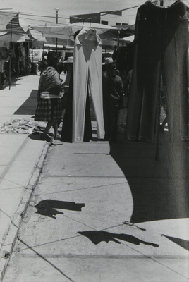 Untitled [Market in Mexico]; Dane, Bill; ca. 1975; 2011:0014:0026