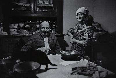 Untitled [Man, woman, and cat]; Saur, Francoise; ca. 1970s; 1986:0016:0008