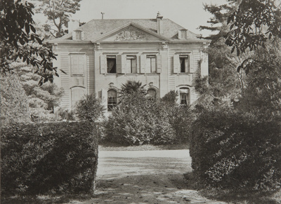 Untitled [Residence and entryway]; Boissonnas, Frederic; ca. 1920; 1982:0010:0002