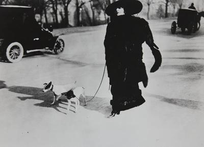 Avenue des Acacias, Paris; Lartigue, Jacques-Henri; 1911; 1977:0091:0011