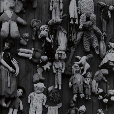 Untitled [Dolls] ; Schnitzer, Klaus; 1969; 1971:0287:0001