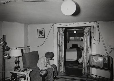 Basement Apartment; Hare, Chauncey; 1969; 1971:0238:0001