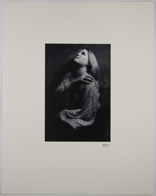 Untitled [Woman gazing up]; Opheim, Bob; 1974; 1978:0129:0009