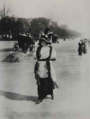 Untitled [Fashionably dressed woman]; Lartigue, Jacques-Henri; undated; 1977:0091:0007