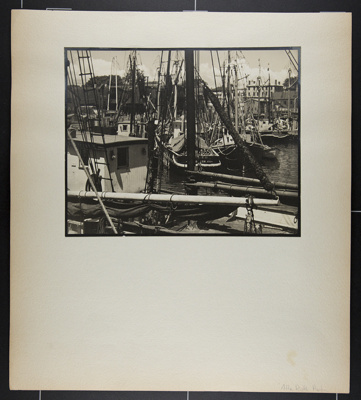 [boats in harbor, likely Gloucester, Massachusetts] ; Hahn, Alta Ruth; ca.1930; 1982:0020:0014
