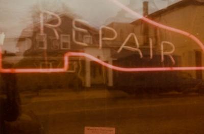 Untitled [Repair]; Klett, Mark; 1975; 2011:0011:0006