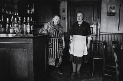 Untitled [Bar]; Saur, Francoise; ca. 1970s; 1986:0016:0001