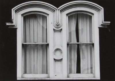 Untitled [43 Gardiner Park]; Mertin, Roger; undated; 1998:0004:0034