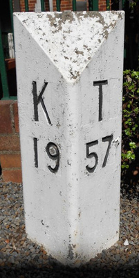 Mileage Post; c1960s; 4007b