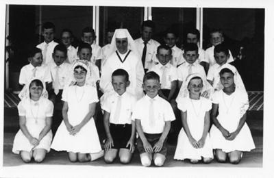 Catholic first communion group, Hughenden, 1967; Unidentified; 1967; 2011-446