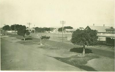 Gray Street, Hughenden ca.1927; Unidentified; ca.1927; 2012-16