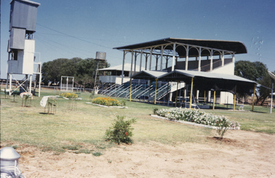 Hughenden Racecourse, 1989