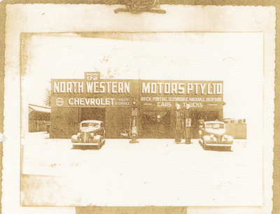 North Western Motors, Hughenden, 1940 ; Unidentified; 2011-130