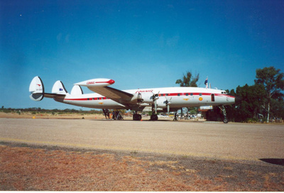 Plane at airport, Hughenden 2001; Murdoch, Colleen; 2001; 2012-146