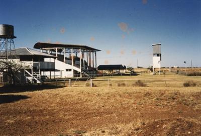 Hughenden Racecourse buildings, 1989