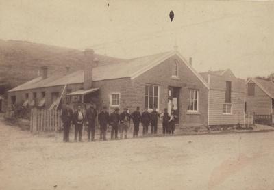 Photograph [Gardiner's Foundry, Mataura]; unknown photographer; 1880-1910; MT2011.185.121