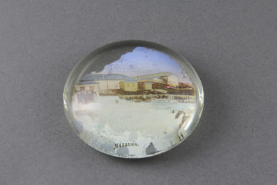 Paperweight, Mataura Falls; unknown maker; 1925-1928; MT1993.49.2