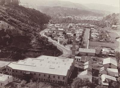 Photograph [Mataura Paper Mill, Dunedin branch factory]; unknown photographer; 1940-1960; MT2011.185.57