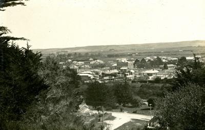Photograph [15 of 42, McConnell Album] ; Hyne, W. Crown Studio (Gore); 1925; MT2015.15.15
