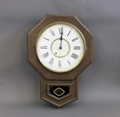 Clock, wall; unknown maker; 1900-1913; MT2001.169