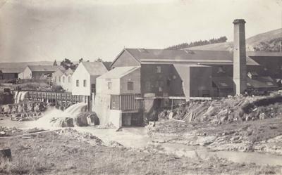 Postcard [Mataura Paper Mill]; Sleeman, C.P. (Mr); 1893-1923; MT2011.185.32