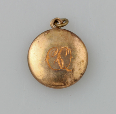 locket clara quilter unknown maker 1940 mt2015 20 76 on nz museums