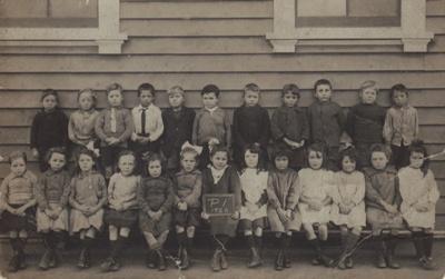 Photograph [Mataura School, Primer 1, 1920]; unknown photographer; 1920; MT2011.185.520