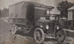 Photograph [Truck, D Balloch, Carrier, Mataura].; unknown photographer; 1920-1930; MT2011.185.104