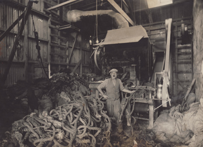 Photograph [Mataura Paper Mill, Sam Stark in the Chopper House]; unknown photographer; 1890-1925; MT2011.185.38