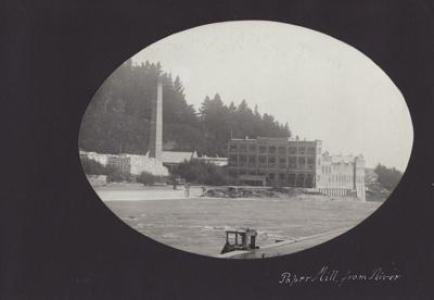 Photograph [7 of 47, McConnell Album] ; Hyne, Crown Studio (Gore); 1925; MT2012.72.7