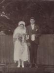 Photograph [Wedding Portrait, Stanley & Clara Kinzett] ; unknown photographer; 09.04.1924; MT2011.185.490