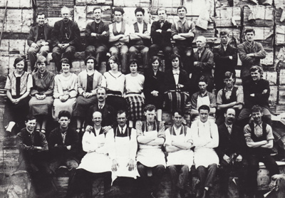 Photograph [Mataura Paper Mill employees]; unknown photographer; 1920-1930; MT2011.185.37