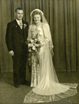 Photograph [Cyril Courtney & Alice Wilson's wedding portrait]; Kelly (Gore); 07.11.1947; MT2017.11.5