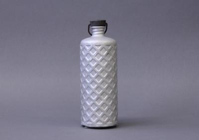 Flask; Bulpitt & Sons Ltd; 1940-1960; MT1993.95.2