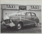 Photograph [Wedding Car, Mataura]; unknown photographer; 1950s; MT2011.185.140