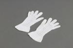 Gloves; Cowan, Janet Alison May (Jessie); 1920-1930; MT2012.26.2
