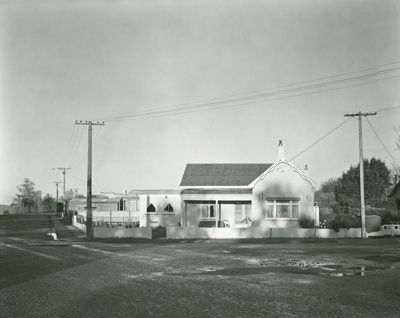 Corner of River and Albion Streets, Mataura; Andrew Ross; 06.05.2014; MT2015.25.32