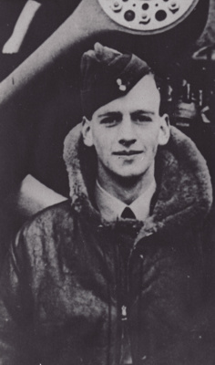 Photograph [W.H. Russell, Airman]; 1939-1941; MT2011.185.282