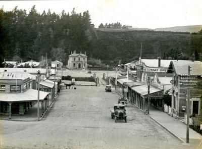 Photograph [12 of 42, McConnell Album] ; Hyne, W. Crown Studio (Gore); 1925; MT2015.15.12